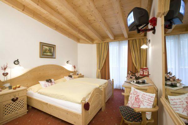 hotel Belvedere - pokoj suprerior-4